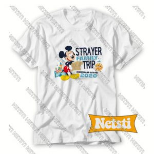 Strayer family trip Chic Fashion T Shirt