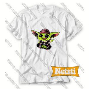 Baby Yoda Skateboarding Chic Fashion T Shirt